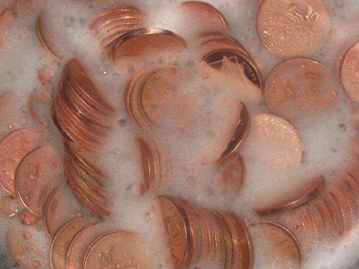 Очистка золотой монеты