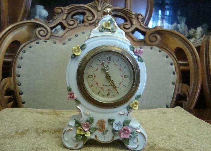 Часы из фарфора Дрезден