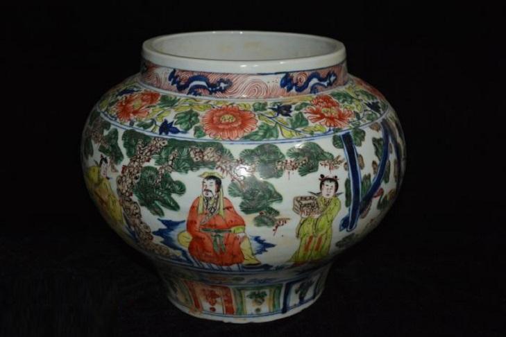 Фарфоровые сосуды династии Юань