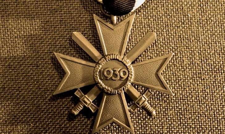 Крест военных заслуг Третьего Рейха