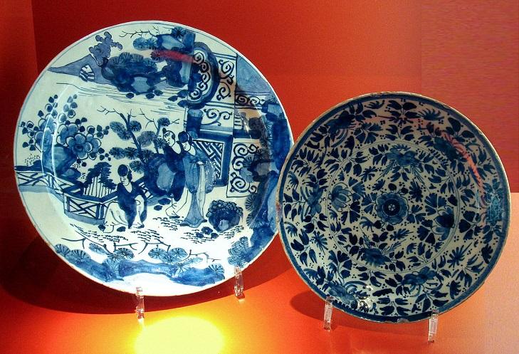 Фарфоровые тарелки Делфт