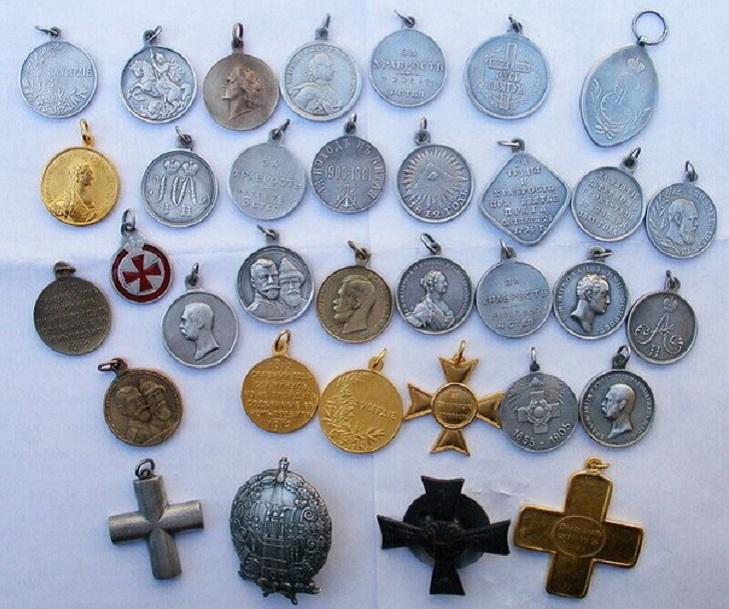 службы фото старинных медалей однако, различать лепные