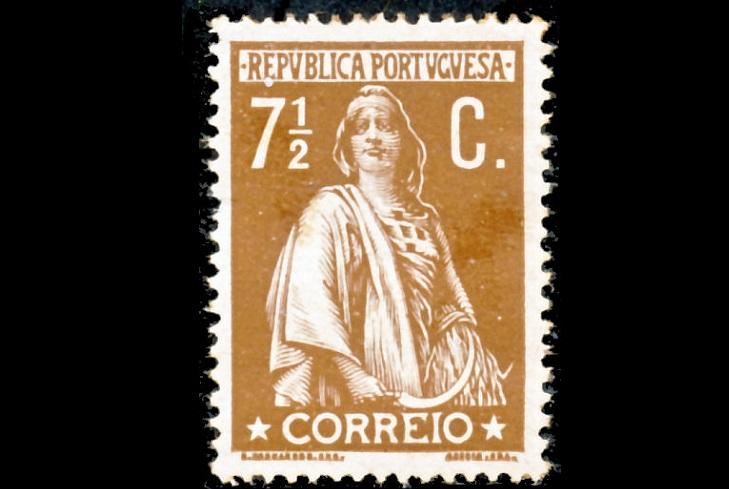 Почтовые марки Португалии 1912