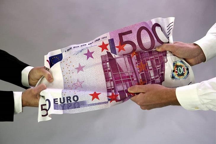 Действительна ли купюра 500 евро