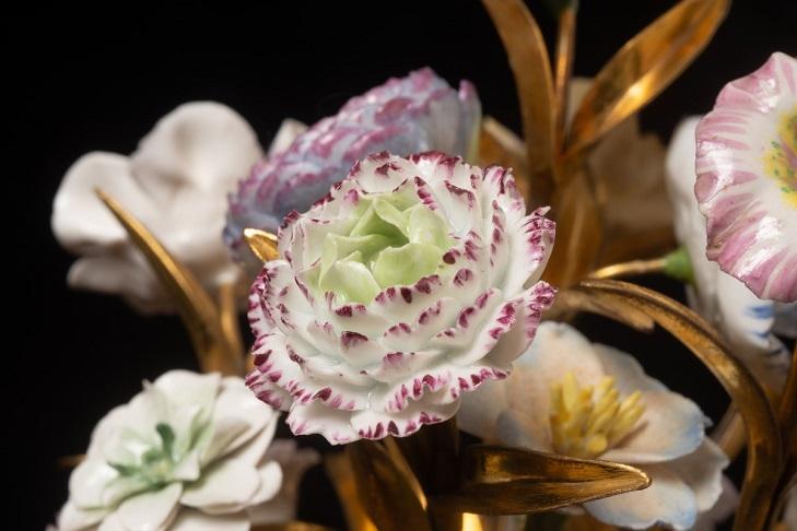 Французские фарфоровые цветы