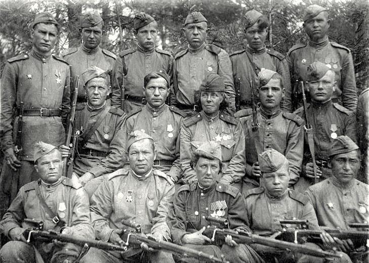 Кавалер ордена Славы Нина Петрова