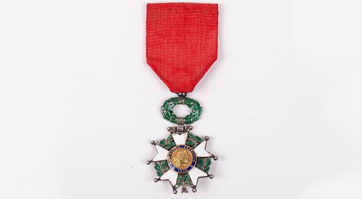 Как выглядит Орден Почетного легиона