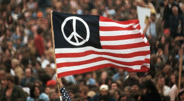 Пацифистский значок в Америке