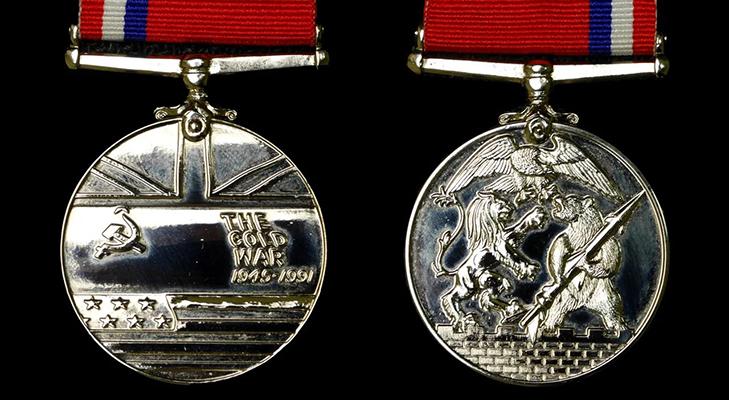 Медаль «За победу в холодной войне»  - английский аналог