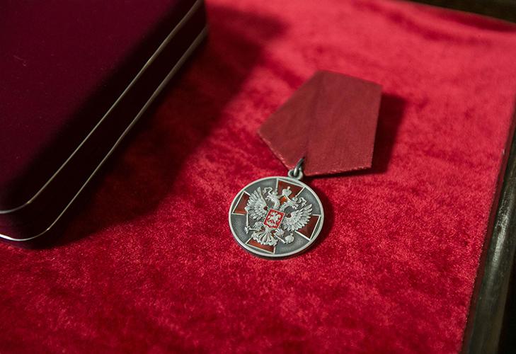 Медаль «За заслуги перед Отечеством» - описание