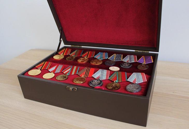 Бокс для орденов и медалей