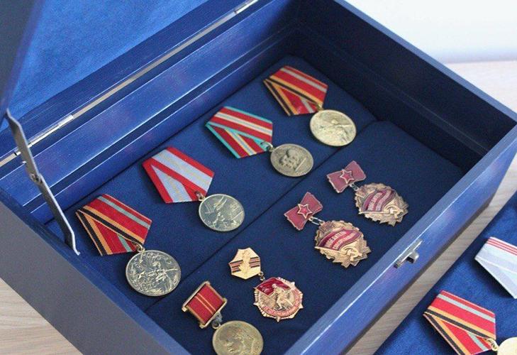 Выбор упаковки для медалей