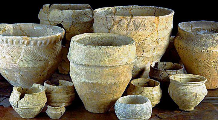 Древняя керамическая посуда
