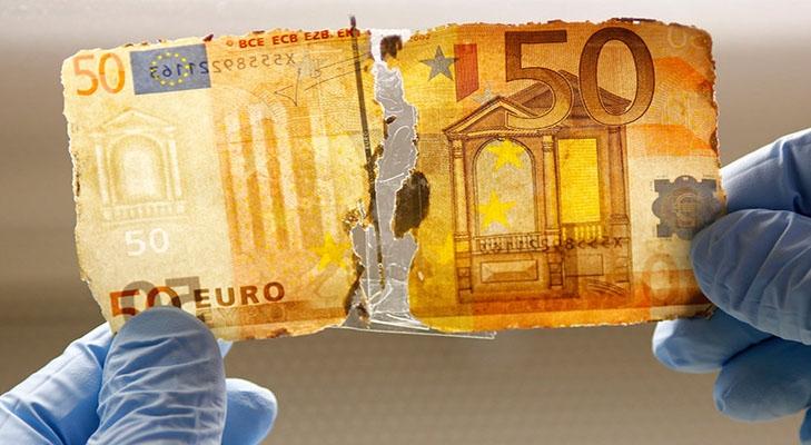 Испорченная валюта